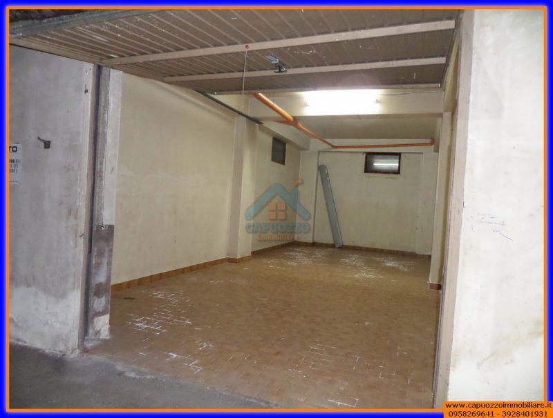 Costruire un soppalco in garage costruire un letto a for Costo per costruire un garage a 2 piani